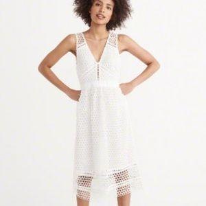 🆕NWT Abercrombie & Fitch Lace Midi Dress